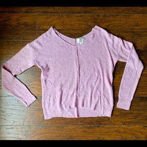 🎀 NEW w/o tags, Lavender Sweater 🎀